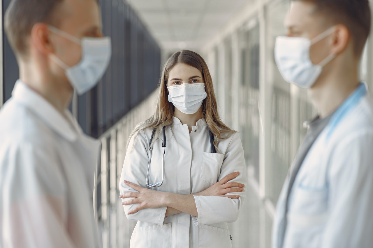 doctors wearing face mask